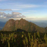 Trekking Pico Caratuva