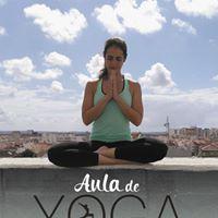 Aula de Yoga no terrao do CCC Caldas da Rainha