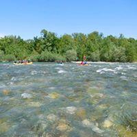 Gita sulla Dora Baltea su canoe e cano-raft