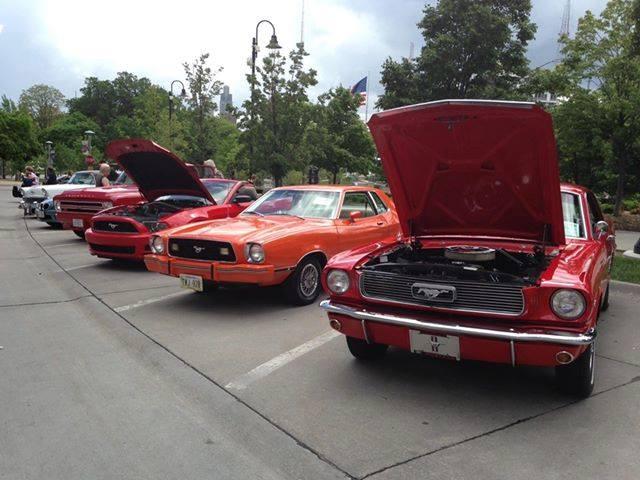 Midtown Crossing Car Show Omaha - Omaha car show