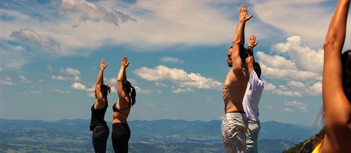 Resultado de imagem para Imersão de yoga