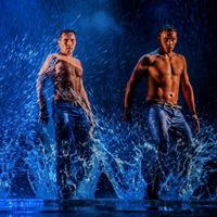 Show &quotDancing In The Rain&quot