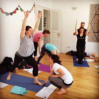Usposabljanje za uitelje joge - uiteljski teaj RYS (300 ur)
