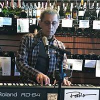 Paolo at Vino Di Sedona. Live music and wine tasting
