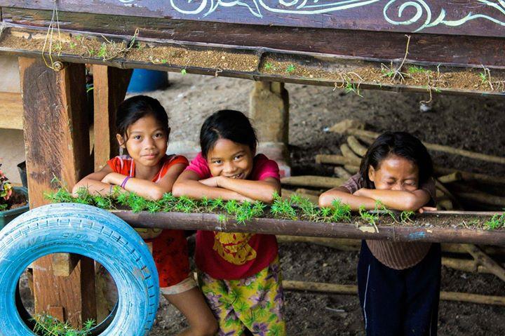 Give Hugs On Christmas Day At Cagayan De Oro San Fernando