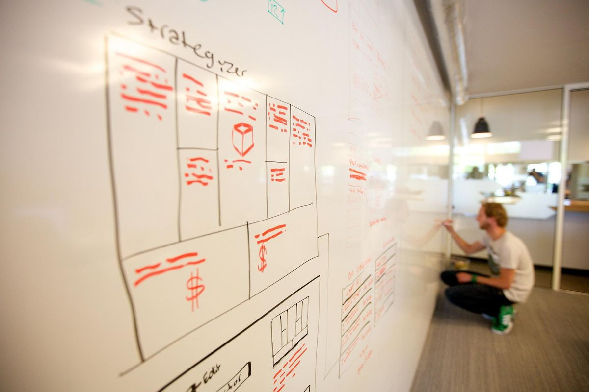 MASTERCLASS Build Sustainable Startup with Lean Canvas