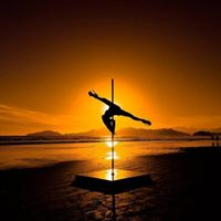 Pole Externo - Ensaio Fotogrfico com Rudolph Lomax