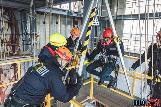 Confined space Spatii inchise