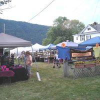 Fall Vendor Fair during Big Flats Appleumpkin Days