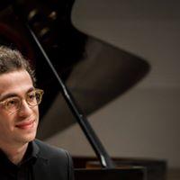 Nicolas Namoradze pianist-composer