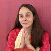Open Satsang with Sri Saraswathi Ma in Madrid Spain - Satsang abierto con Saraswathi Ma en Madrid Espaa