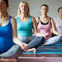 Weekly pregnancy yoga class - Monday lunchtime