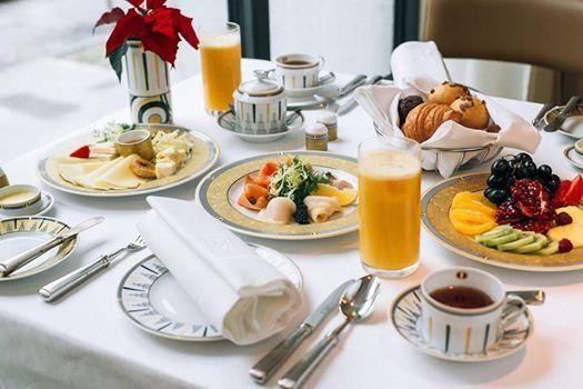 Weekend Breakfasts at Olympia