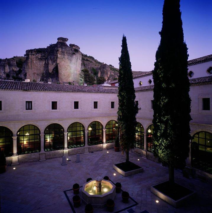 Cena concierto tributo a Los Secretos en el Parador de Cuenca