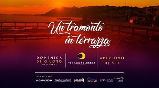 Un Tramonto In Terrazza At Terrazza Flegrea Napoli