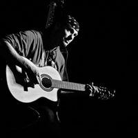 Chris Bannister plays the music of John Denver