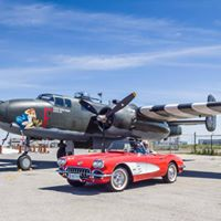 Planes and Cars At the Hamilton Warplane Museum