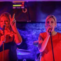 The Estelles live  The Queens Head Gosport