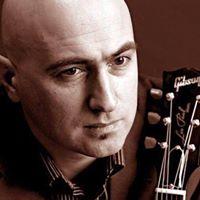 Arsen Shomakhov LIVE at Falconettis
