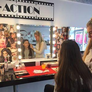Makeup Workshop For The Teens