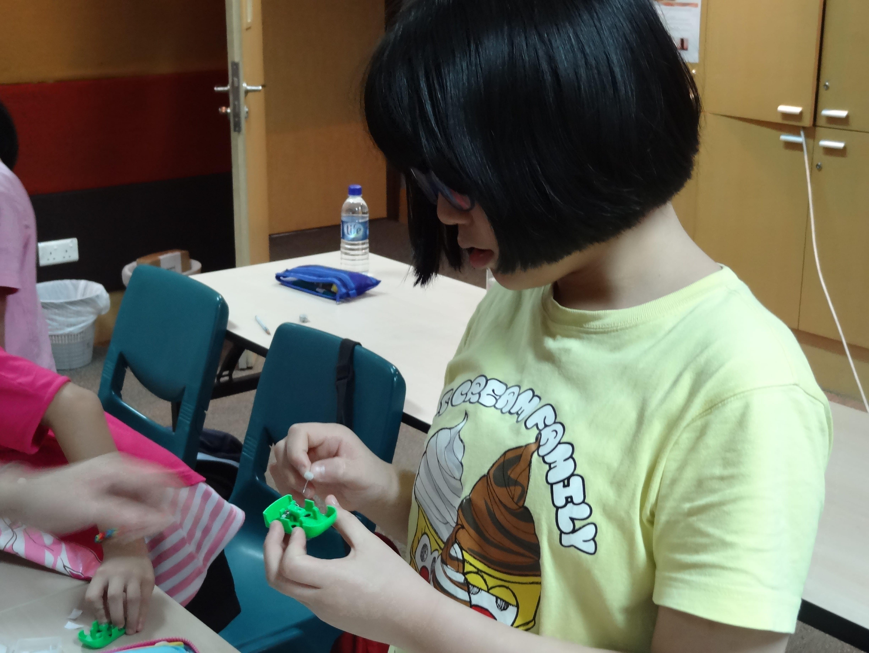 DIY Solar Car Workshop for Kids at GEM
