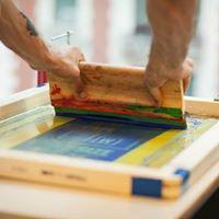 DIY Screenprinting workshop Taller de serigrafa