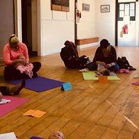 Becalm Babies massage and yoga