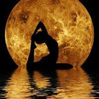 Pop-Up Class Full Moon Beach Yoga