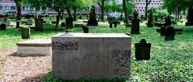 Der Geusenfriedhof - Das unbekannte Juwel Klner Friedhfe