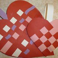 Drop In Craft Woven Heart Baskets