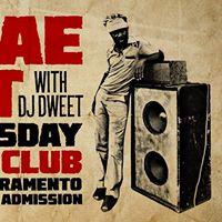 Reggae Night with DJ Dweet