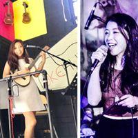 Ukulele Platform Aya &amp Eva Duo