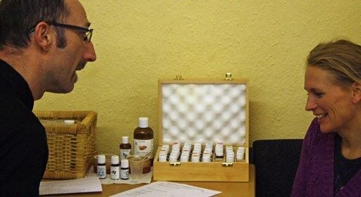 ITEC Aromatherapy Diploma weekly - start theory online now