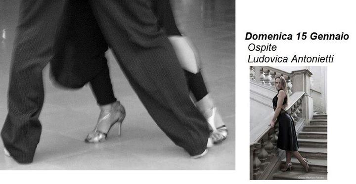 Come ascoltare la musica mentre balliamo- Ancona