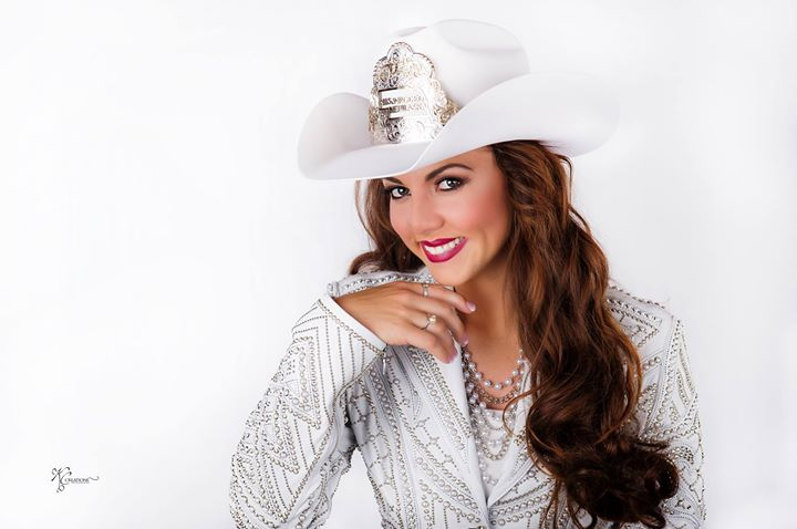 2018 Miss Rodeo Nebraska Rodeo Queen Clinic At North