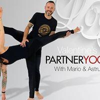 Valentine Partner Yoga
