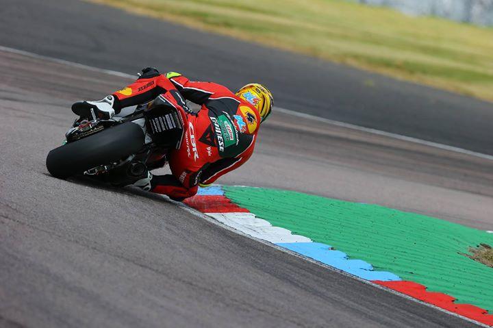 R7 MCE British Superbike Championship - Thruxton