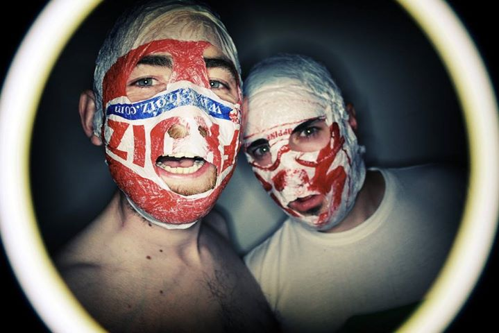 Rubberbandits Loot Roosters