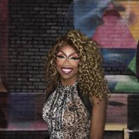 Drag Queen Story Hour at Wild Fig Books featuring Naomi Wynters