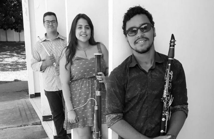 Hlzern Trio  convidados