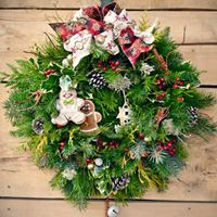 Fresh Holiday Wreath Workshop