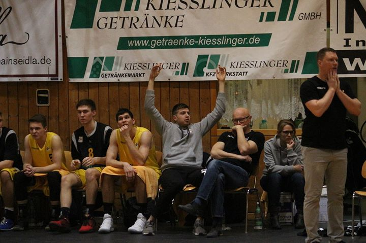 TSV Tröster Breitengüßbach - Tennet young heroes Bayreuth at Hans ...