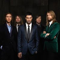 Maroon 5 &amp Julia Michaels At Madison Square Garden New York NY