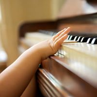 Jingle Jam Music class (0-5 years) Sat March 25th.