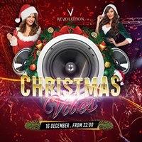 Revolution Christmas Vibes
