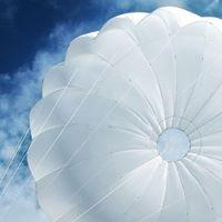 Stage sul paracadute di soccorso