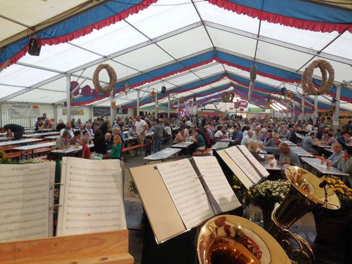51 Herbstfest Der Musikkapelle Ehingen At Muhlhausen Ehingen