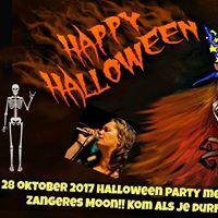 Halloween party met dj en zangeres Moon