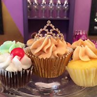 Cupcake Release  Mothers Day Wine Crown Cupcakes