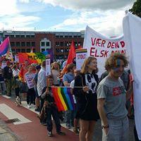 Rdt p Skeive Srlandsdager - regnbuetorv og parade